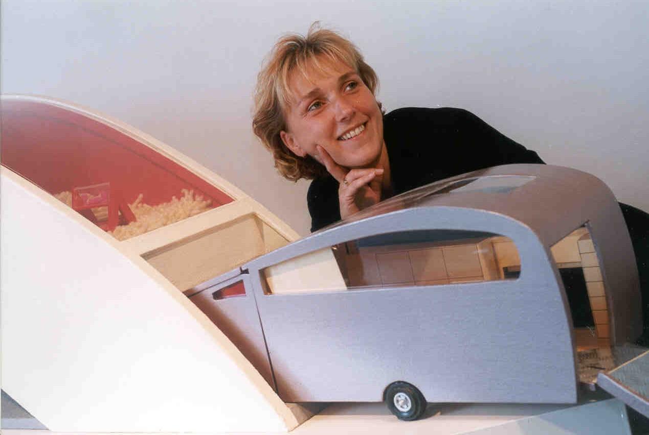 Folie caravan aan huis voor afstudeeropdracht binnenhuisarchitect